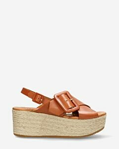 Espadrille-with-platform-sole-woven-vacchetta-leather-and-crossed-straps-cognac