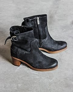 Ankle-boot-with-zipper-dark-blue