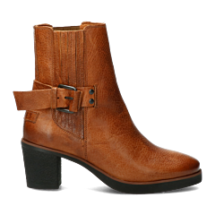 Chelsea-boot-with-buckle-light-brown