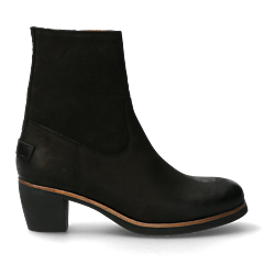 Heeled-ankle-boots-black-from-waxed-grain-leather