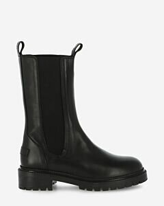 Black Chelsea boot smooth leather