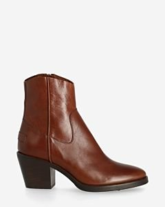 Ankle-boot-shiny-grain-leather-cognac