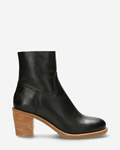 Ankle boot zipper nappa leather black