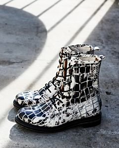 Lace-up-boot-croco-off-white