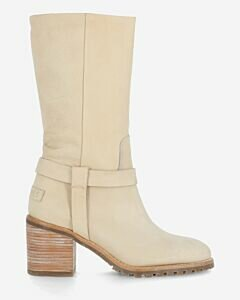 Boot-sanded-hand-buffed-leather-with-beige-heel