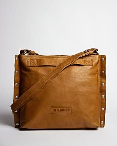 Cognac-shoulder-bag-with-studs