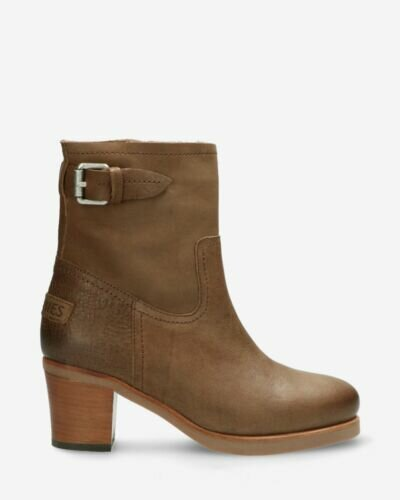 Heeled ankle boot waxed grain leather taupe