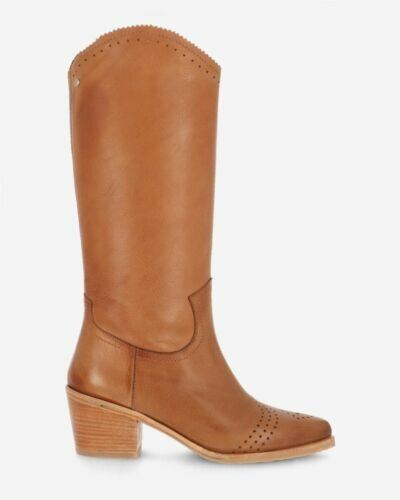 Western boot grain leather sand