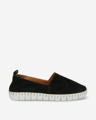 Black-suede-loafer-