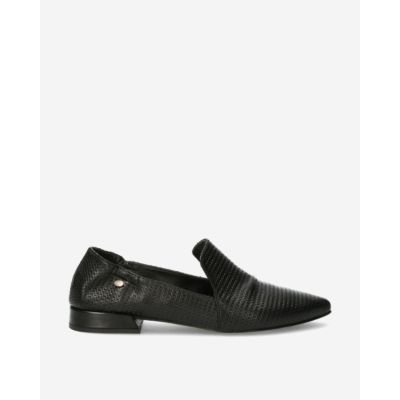 Black-printed-leather-loafer