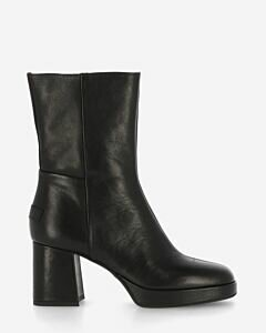 Ankle boot platform sole smooth leather black