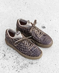 Sneaker-croco-printed-leather-Grey