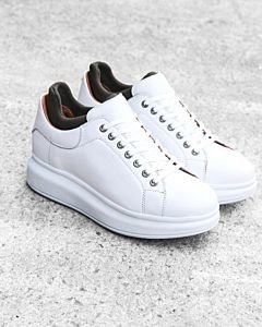 White-lace-up-sneaker-smooth-leather-with-neoprene-sock-olive