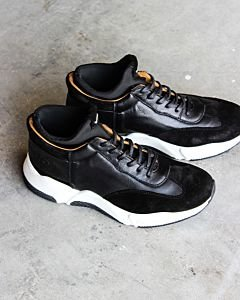 Leather-sneaker-black