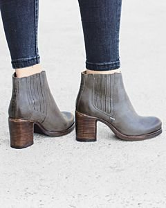 Ankle-boot-waxed-grain-leather-Taupe