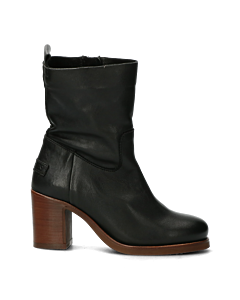 Heeled-ankle-boot-black