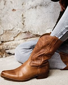 Light-brown-western-boot