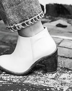 Ankle-boot-smooth-leather-off-white-