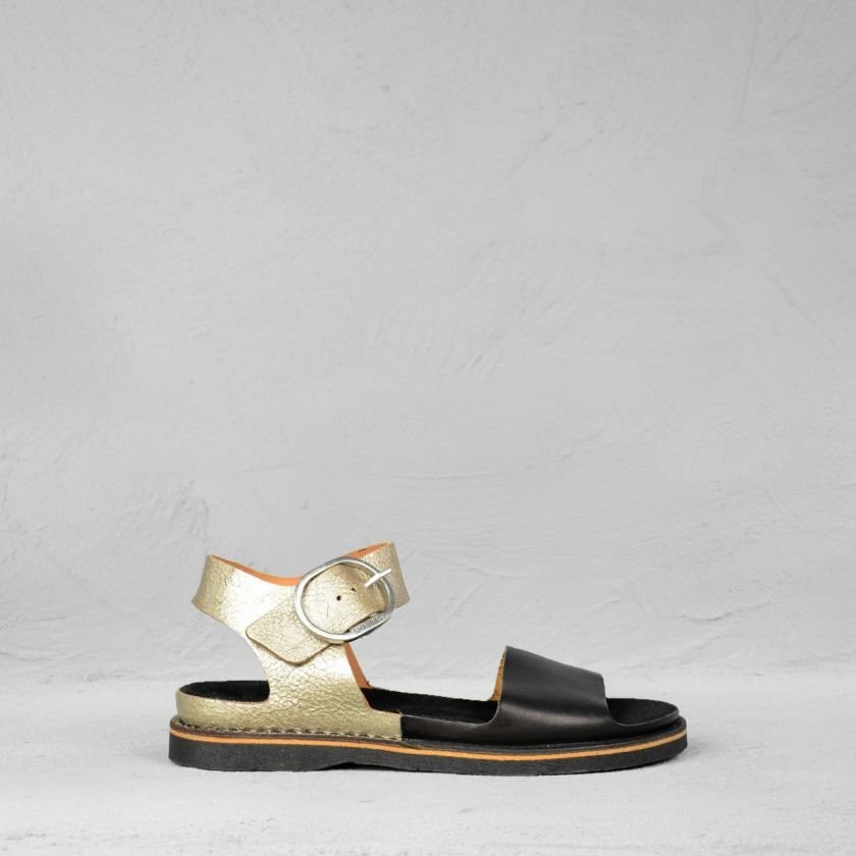 Sandaal-vaquetta-zwart-zilver
