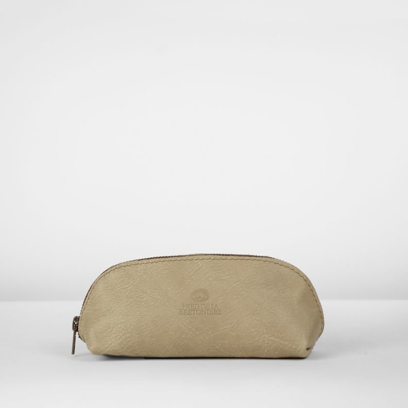 Toiletbag-hand-buffed-leather-Beige