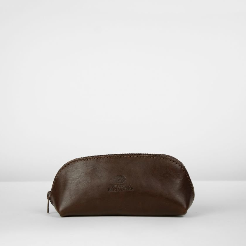 Toiletbag-natural-dyed-leather-Dark-Brown