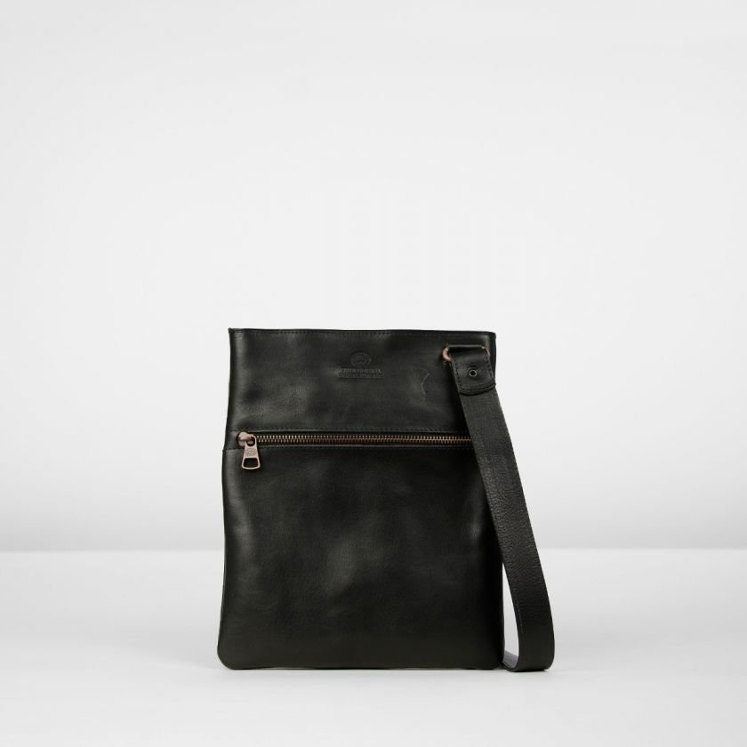 Shoulderbag-heavy-grain-leather-Black