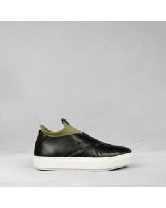 Slip-on-sneaker-smooth-leather-black-olive