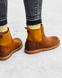 Chelsea-boot-waxed-suede-Orange