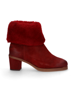 Lined-ankle-boot-waxed-suede-Red