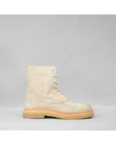 Lace-up-ankle-boot-suede-white