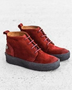 High-lace-up-shoes-waxed-suede-red