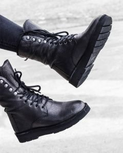 Lace-up-ankle-boot-grain-leather-silver