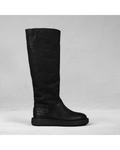 Boot waxed nubuck Black
