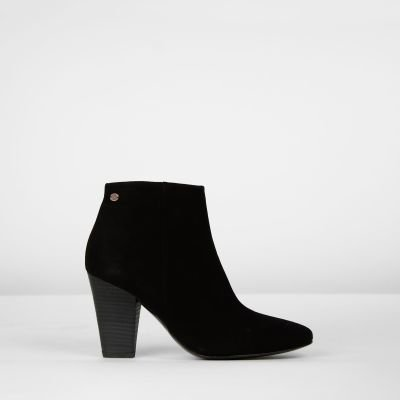 Ankle-boot-suede-Black