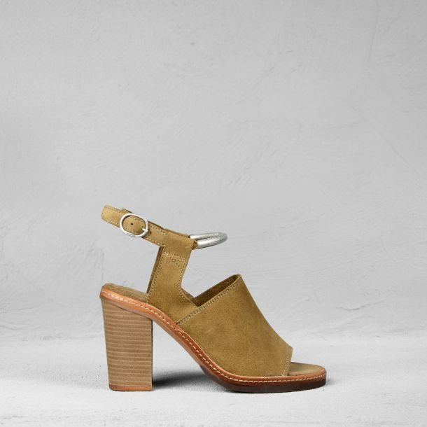 Sandal suede Brown