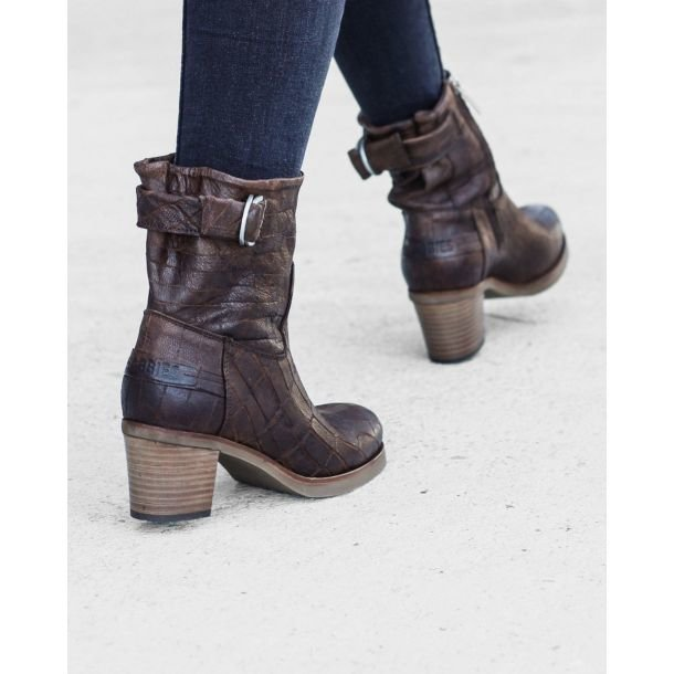 Ankle-boot-printed-leather-Brown