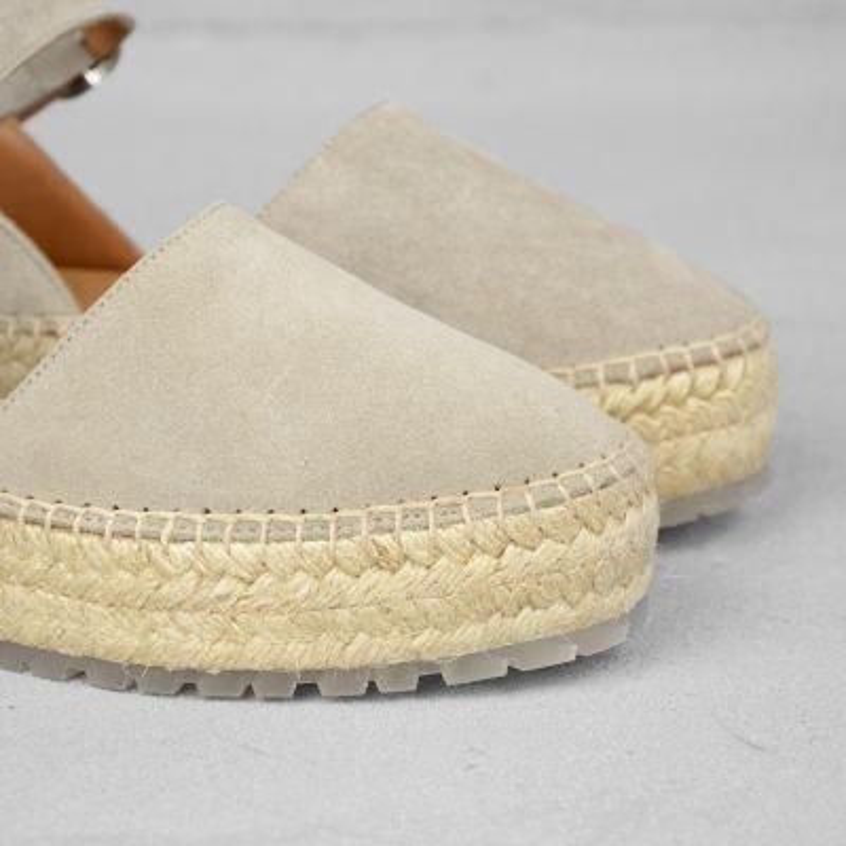 Espadrille-loafer-suède-beige