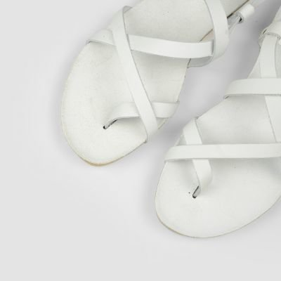 Sandal-natural-dyed-leather-White