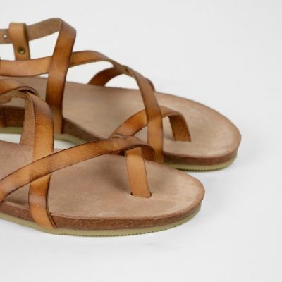 Sandal-natural-dyed-leather-Cognac