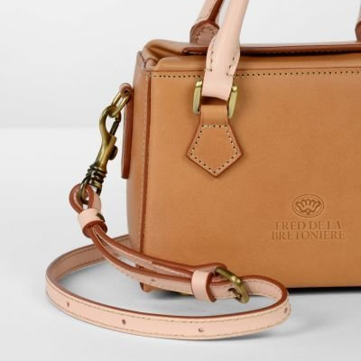 Handbag-natural-dyed-leather-Tan-/-Soft-Rose