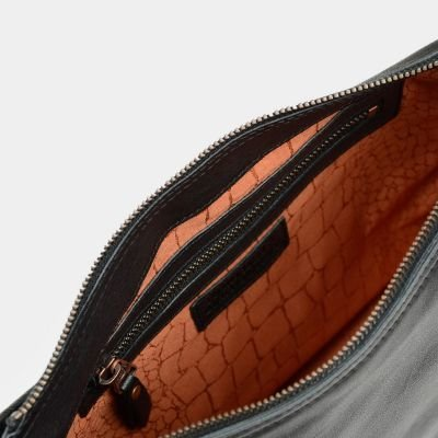 Shoulderbag-grain-leather-Black-